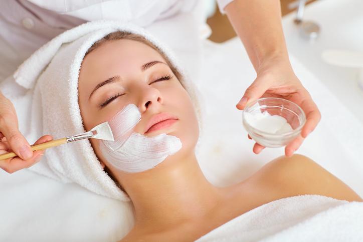Gesichtsbehandlung Kosmetik bei Bad Kreuznach